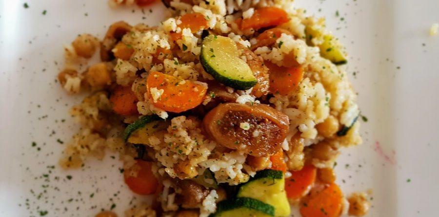 Reis mit Kichererbsen und Feigen